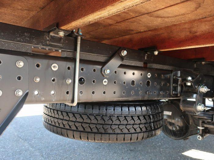 三菱 ワイドWキャブ 超ロング木平 未使用車