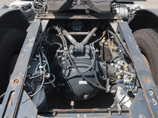2192 いすゞ トラクタ