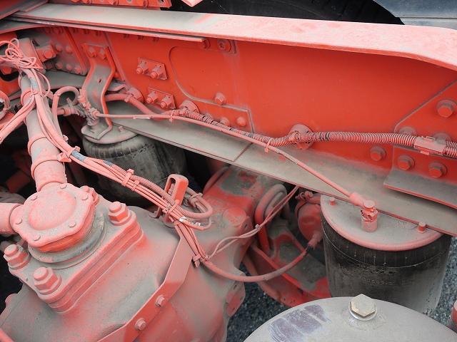 2236 ボルボ トラクタ 2デフ ダンプポンプ付