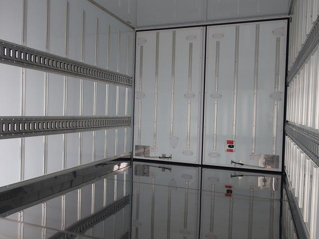 2269 三菱 冷蔵冷凍車 未使用車