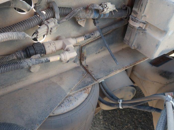 2332 UDトラックス トラクタ ダンプポンプ付