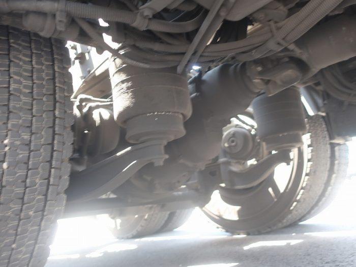 2394 いすゞ トラクタ 軽量2デフ