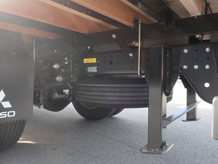 2438 三菱 クレーン付セルフ ワイド超ロング 未使用車